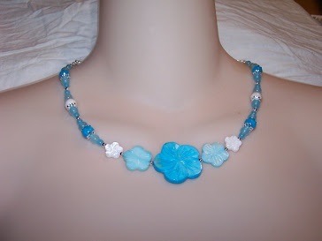 Turquoise Mother of Pearl Flower necklace