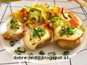 Zapekané zemiaky so syrom a bylinkami - recept