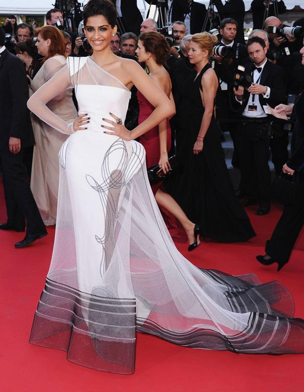 Nude Fake Pictures Namitha Kapoor Bollywood Pics Kamistad Celebrity