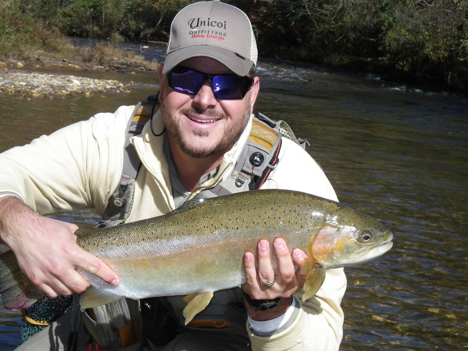 The liars club great autumn fishing at nacoochee bend for Trout fishing in helen ga