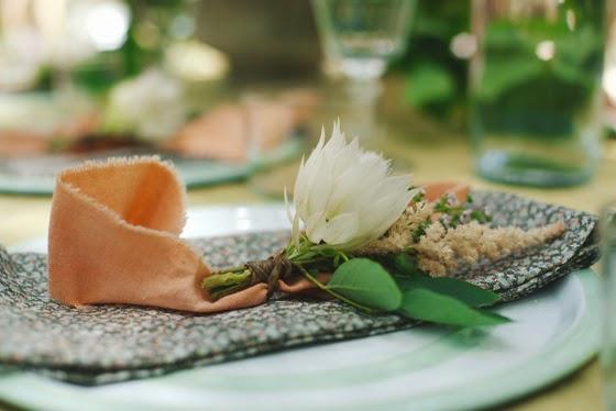 idea_celebración_jardín_mesa_amigas_buffet_decoracion