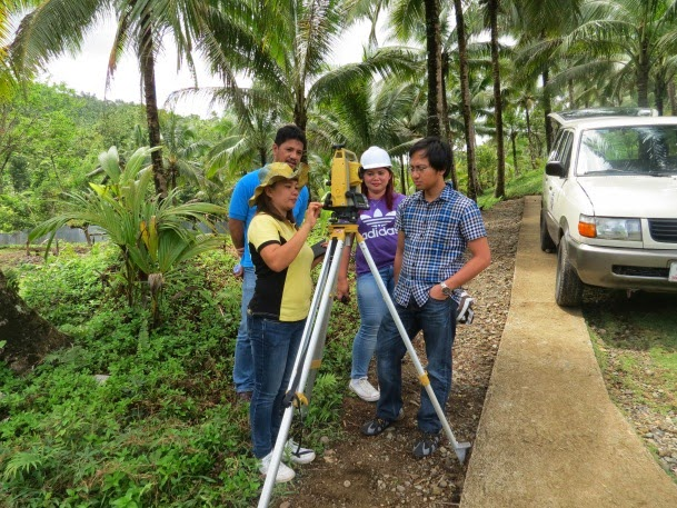 DPWH-ES engineers test new survey equipment