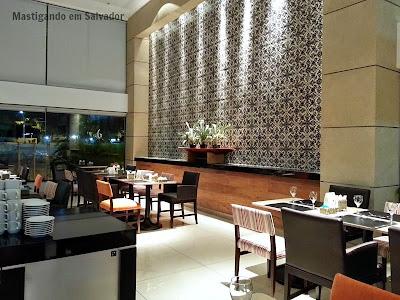 Cedro Restaurante: Ambiente