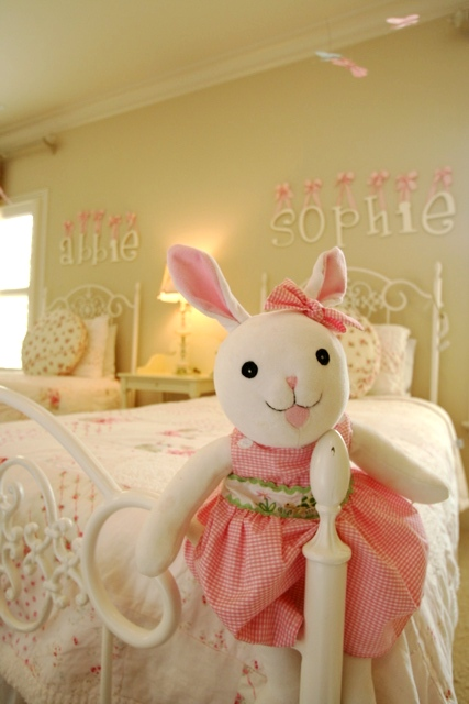 Here Are Some Additional Photos Of The Beautiful Room Friday, Little Girls  Room That I Posted 2 Weeks Ago.