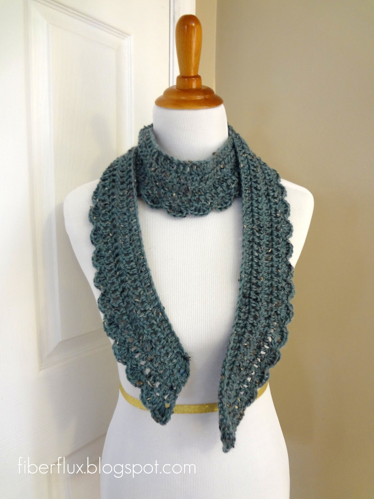 Free Crochet Scarf Edging Patterns : Fiber Flux: Free Crochet Pattern...Ocean Air Scarf