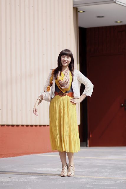 Shu Zhao iDiOM Theater Bellingham Seattle Street Style Yellow