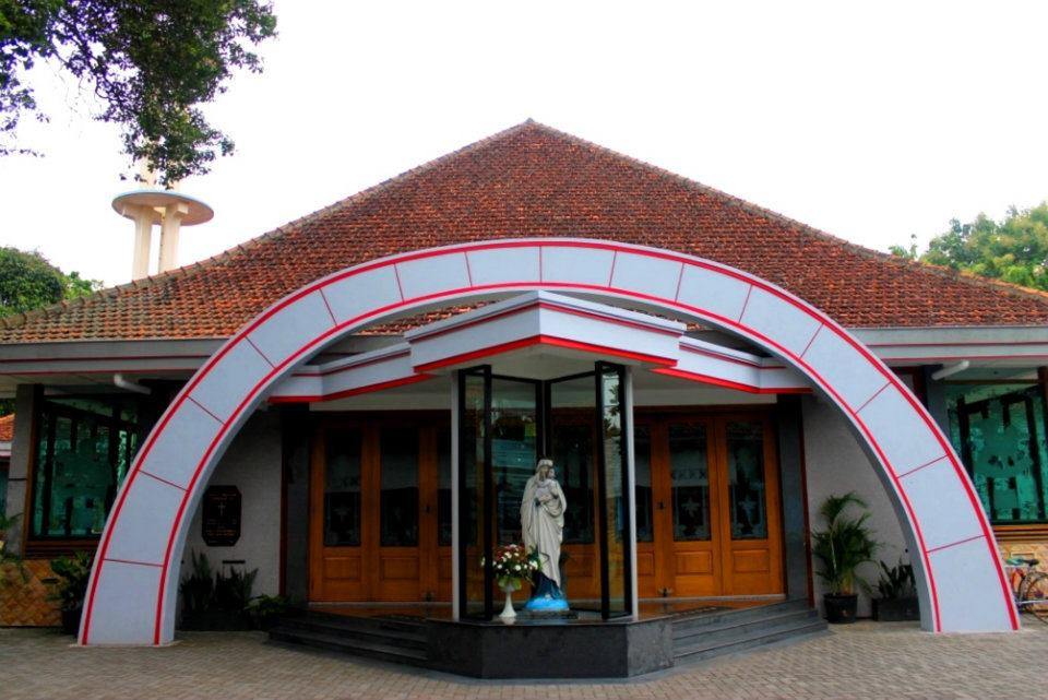 Paroki Santa Perawan Maria Regina Purbowardayan