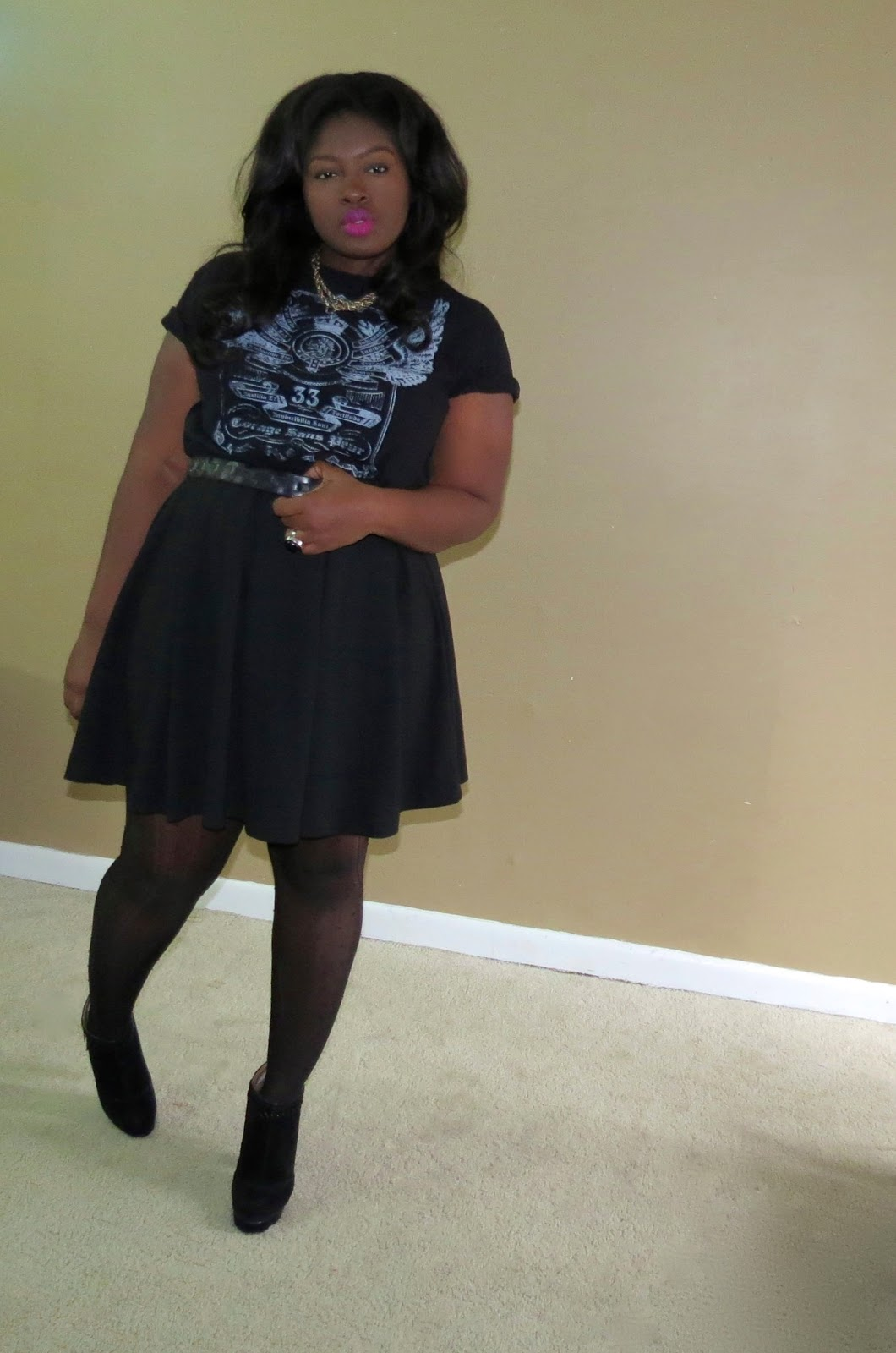 HOW TO WEAR SKATER SKIRTS PLUS SIZE