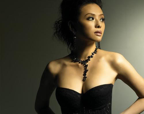 Yuni Li Yen Chin- Super Model