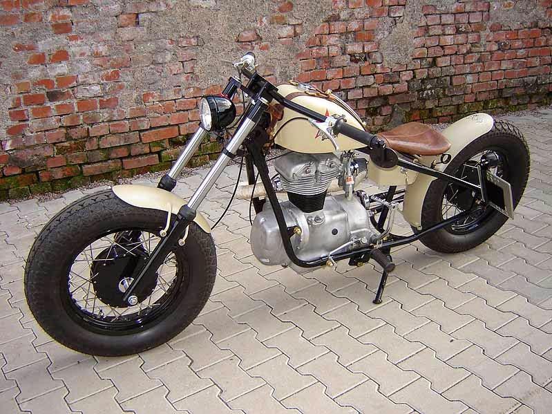 Moto Guzzi Footpegs