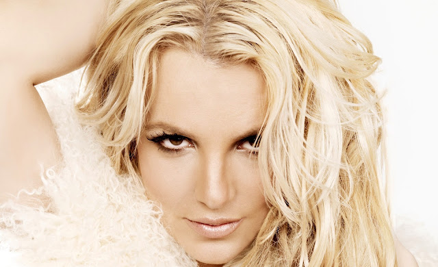 Britney Spears - Oh La La - traduzione testo video download