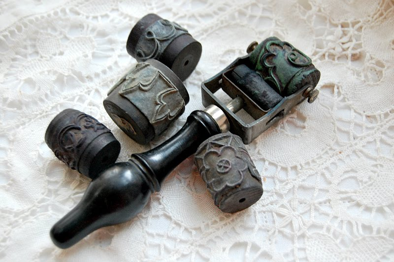 antique embroidery roller stamp