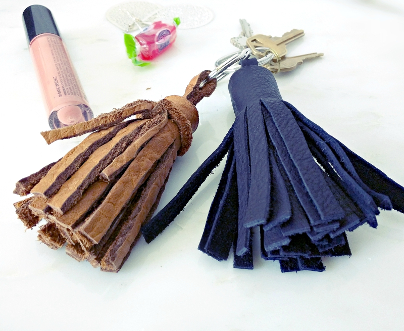 how to make a tiny tassel