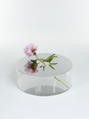 mirrored vase by giorgio zanellato