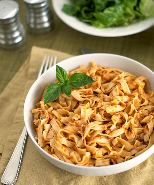Tomato Almond Pasta