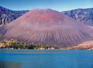 gunung tertinggi di indonesia dunia jawa amerika afrika