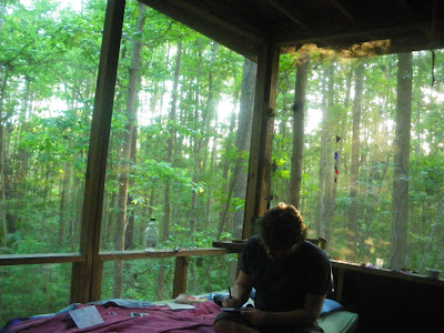 treehouse bedroom, forest hostel georgia