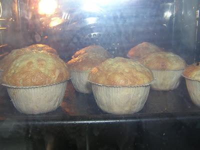 Rabarbermuffins med lakrids