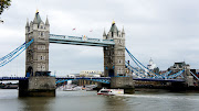 Like many others, I had mistaken the Tower Bridge for the London Bridge . (dsc )
