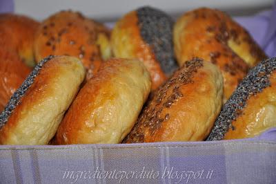 """Bagel dal libro """"Come si fa il pane"""""""