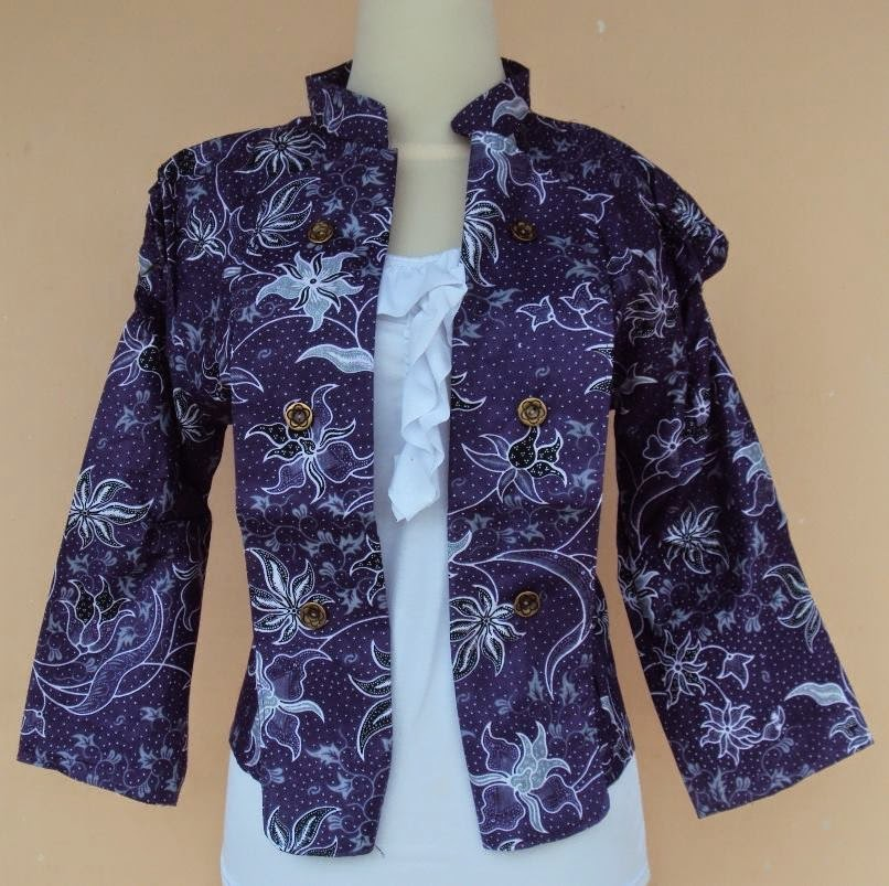 blazer-batik-motif-anjani-ungu
