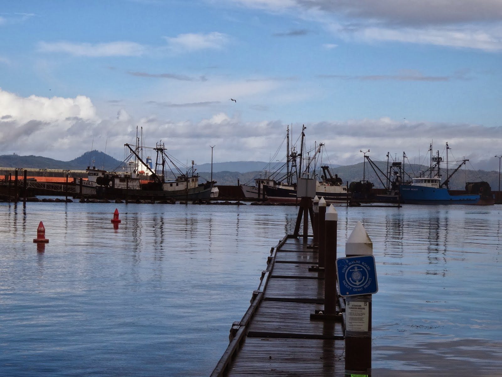 The travels of the rambling roses astoria oregon to for Jetty fishing oregon