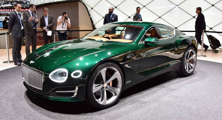 Βραβείο σχεδιασμού για την Bentley EXP 10 Speed 6 στο Concorso d'Eleganza