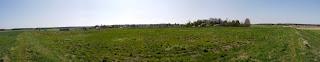 Panoramabild aus fünf Fotos aus der Mitte der Ostseite der Keltenschanze Buchendorf