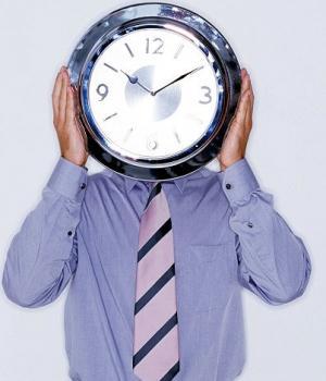 Consultorio de Monstrua 7 reloj