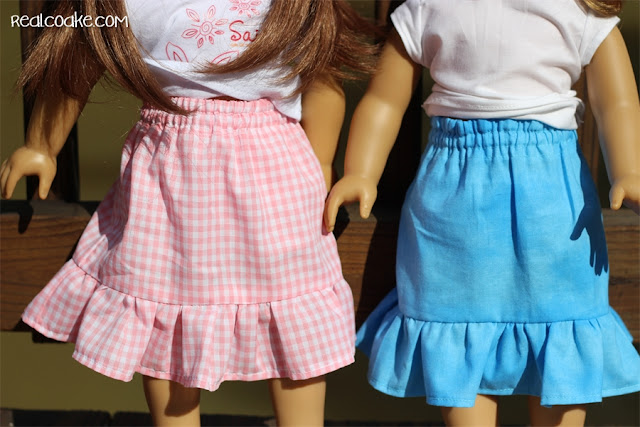 #AmericanGirlDoll clothes pattern to make a maxi skirt for your doll. #Sewing #Pattern #RealCoake