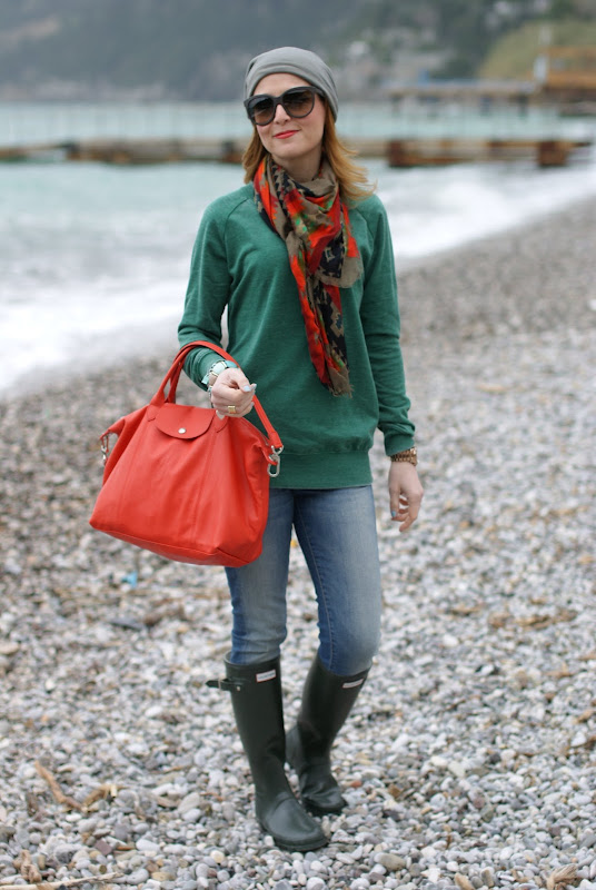 Hunter boots, Longchamp bag, Fashion and Cookies