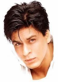 Shah Rukh Khan Merokok 100 Batang Sehari