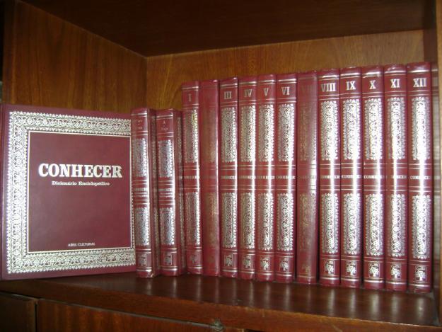 Livros, enciclopédias, revistas e álbuns de figurinhas que marcaram ...