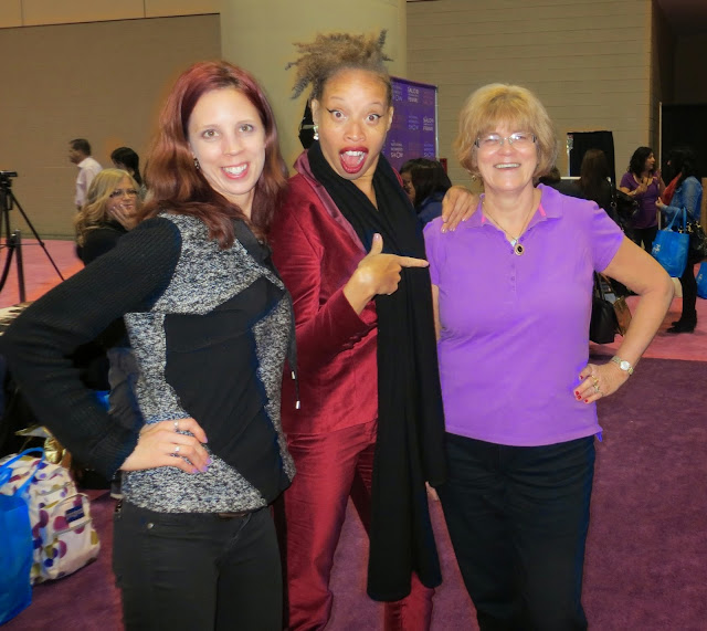The National Wome's Show, Toronto, Lifestyle, fashion, beauty, products, vendors, samples, girls weekend, shopping, event, ontario, canada, fun, 2014, the purple scarf, melanieps, stacey mckenzie, model,pose, mom