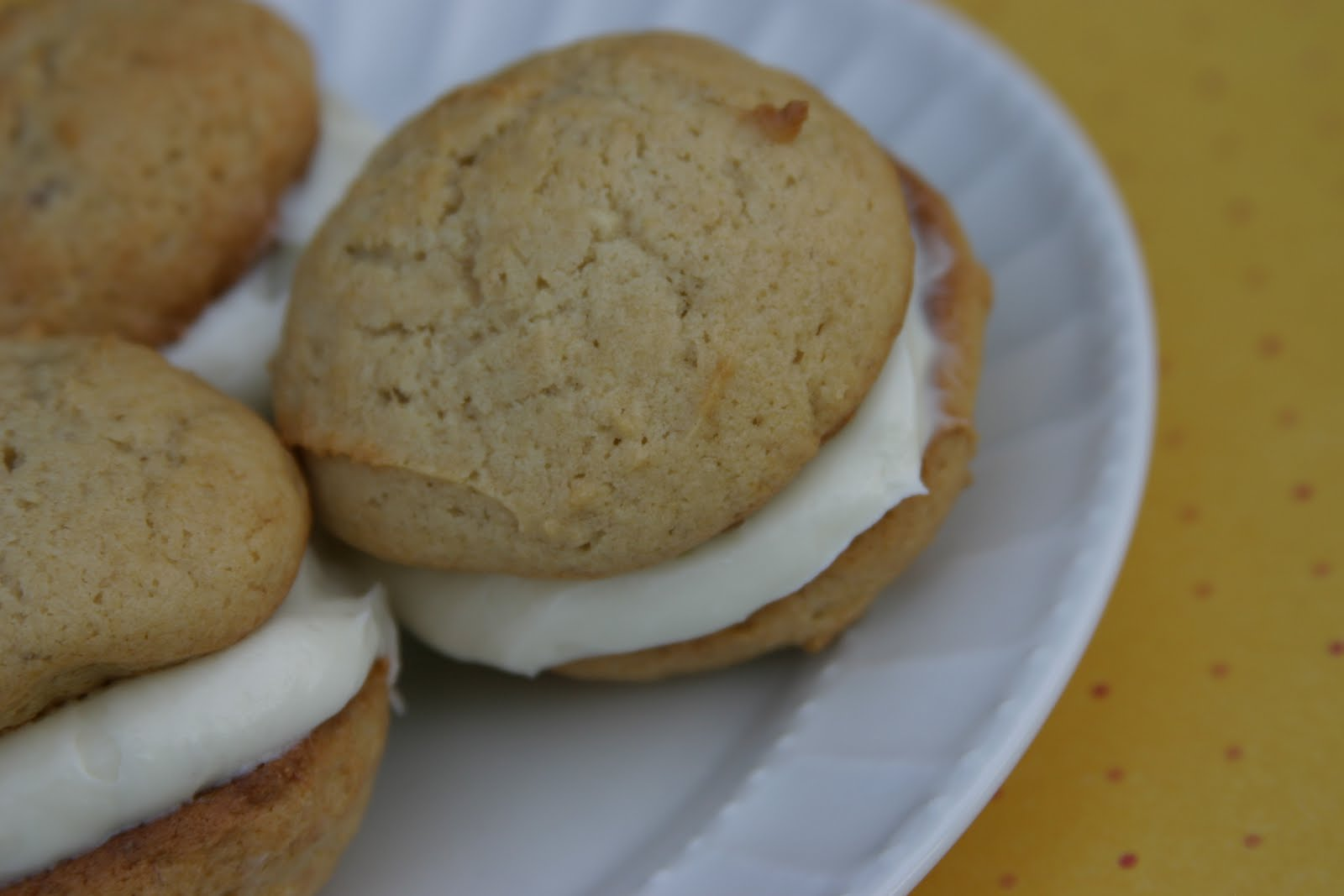 The Joy's of Kitchen Creations: Banana Whoopie Pies