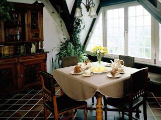 Desain Ruang Makan Untuk Ruang Yang Kecil