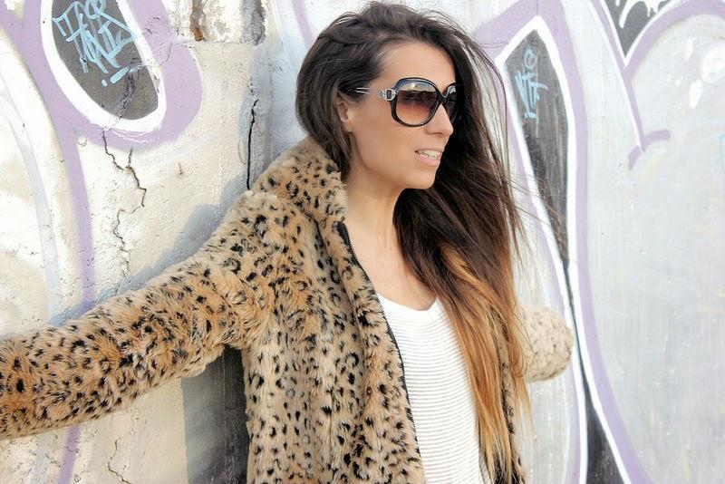 Zara abrigo; H&M camiseta