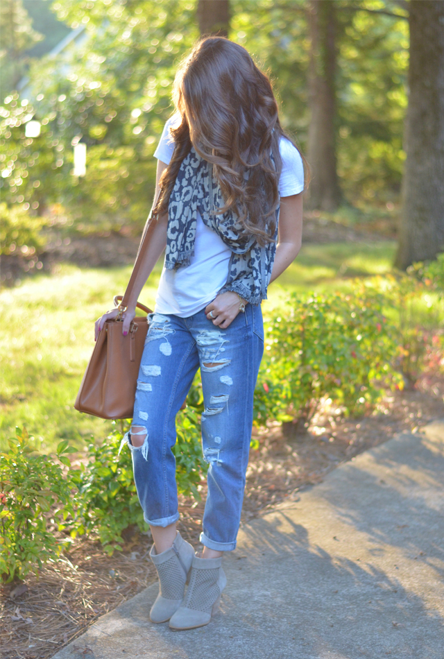 Southern Curls & Pearls The Perfect Leopard Scarf…
