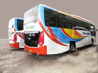 Bus Rosalia Indah terbaru EvoGT