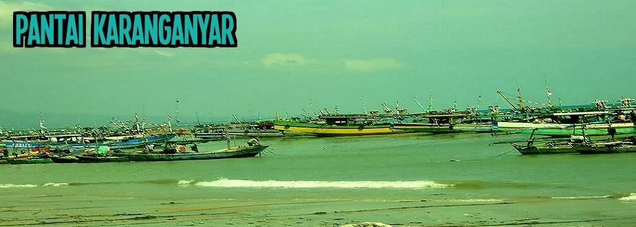 Pantai Dan Kapal Karanganyar