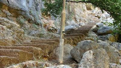 Cennet Obruğu İniş Merdivenleri