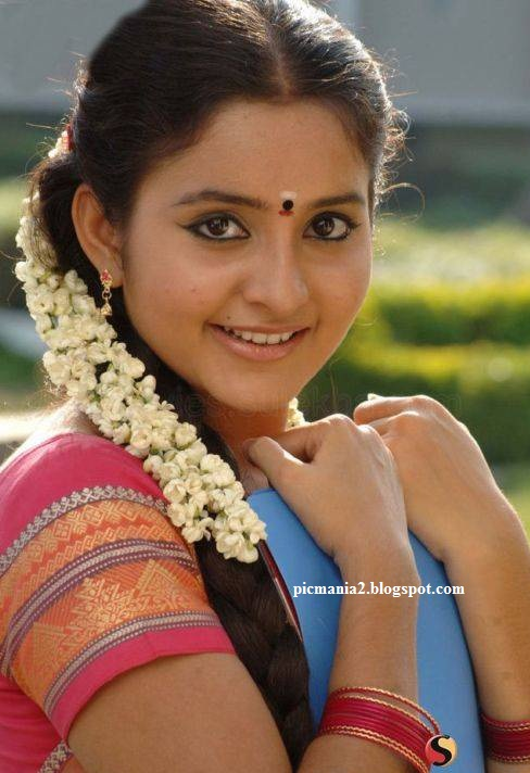 south indian actress Bhama hot and sexy image gallery