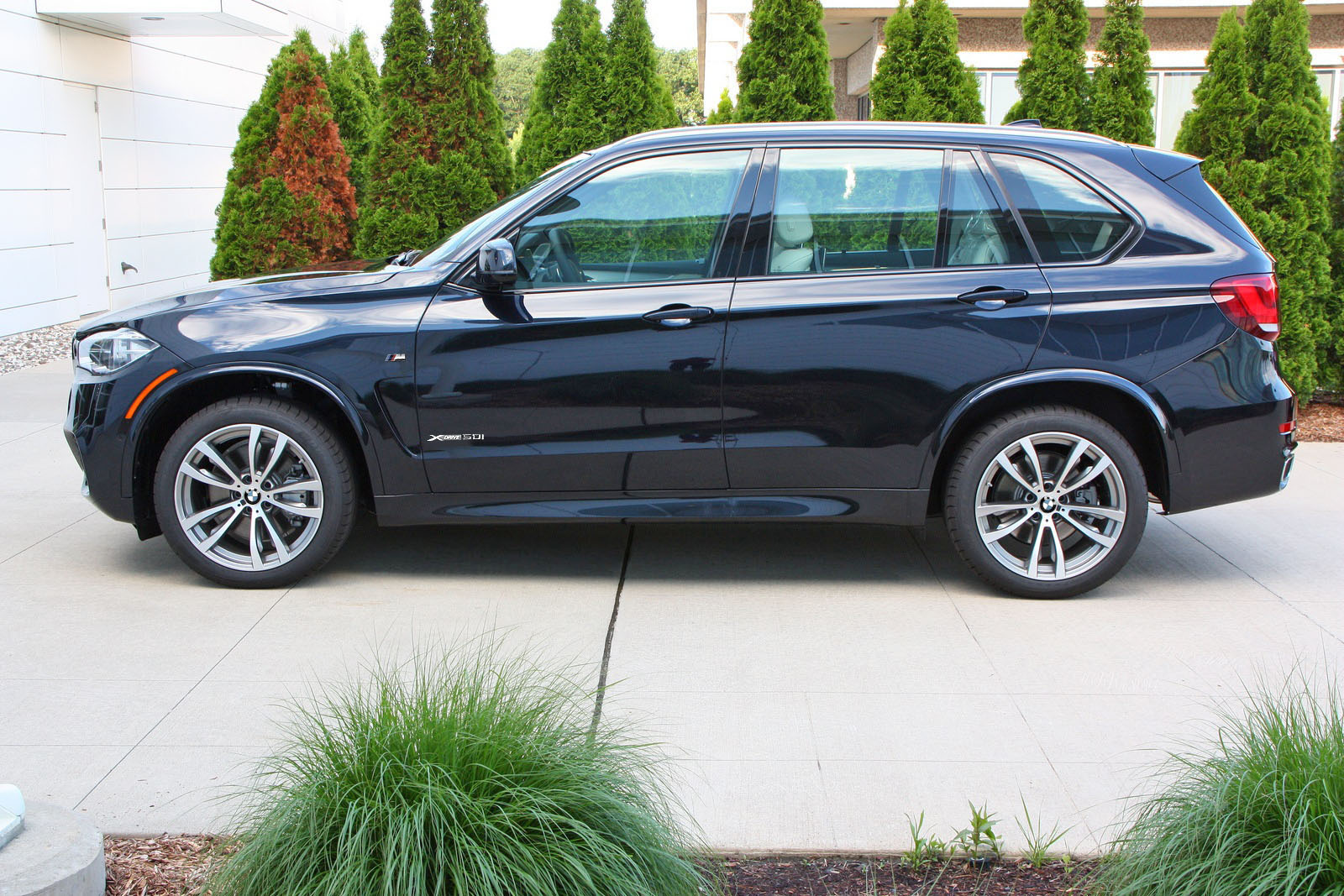F15 2014 BMW X5 50i M-Sport Uncovered - BMW Markham