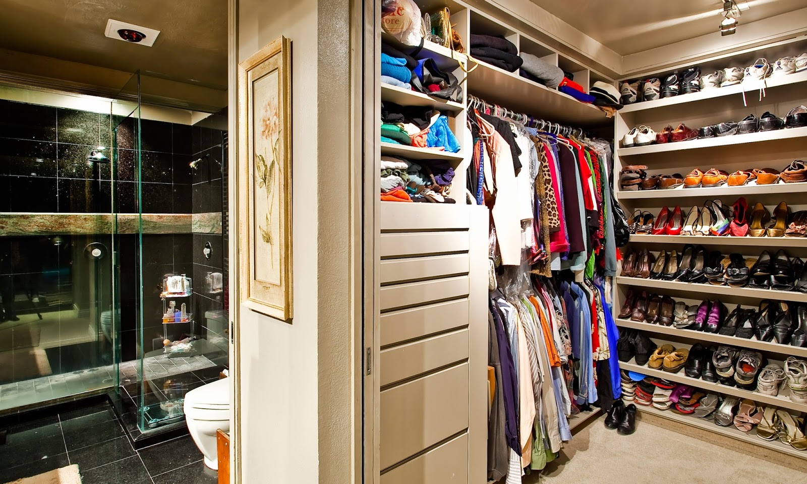 extra small walk in closet ideas