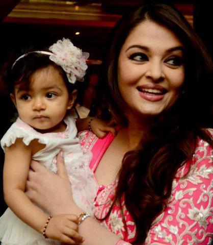 Aishwarya Rai Bachchan With her daughter Aaradhya 2013 images