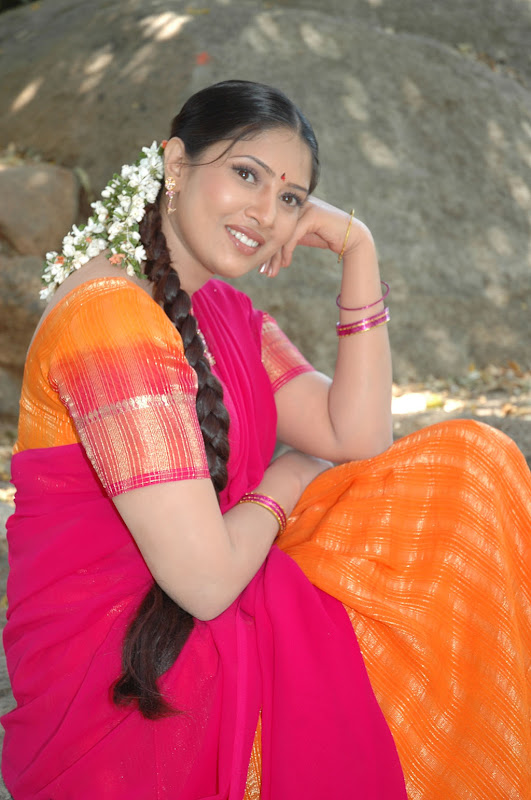 Tollywood Actress Sanghavi Half Saree Photos Photoshoot images