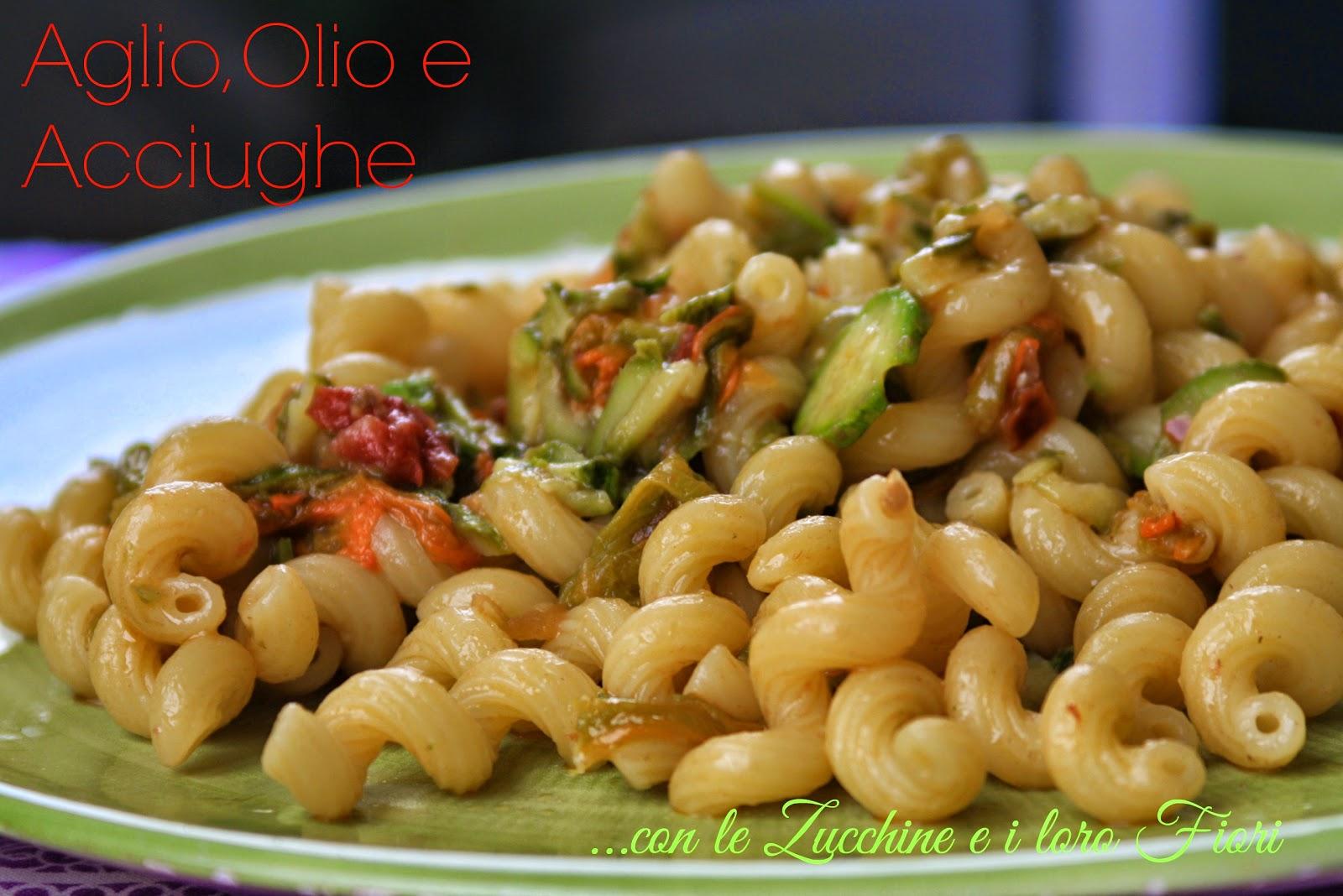 romanticismo -  cellentani aglio&olio con zucchine e fiori