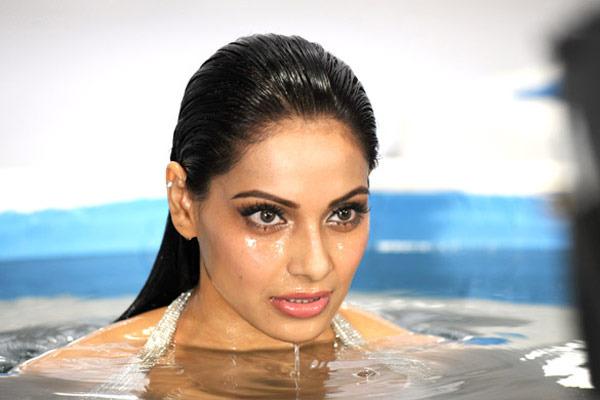 Bipasha Basu Wallpapers - Raaz 3 Hindi Movie