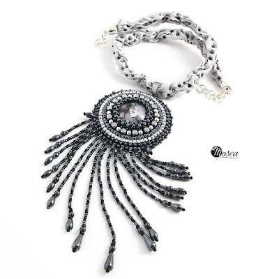 Naszyjnik haft koralikowy