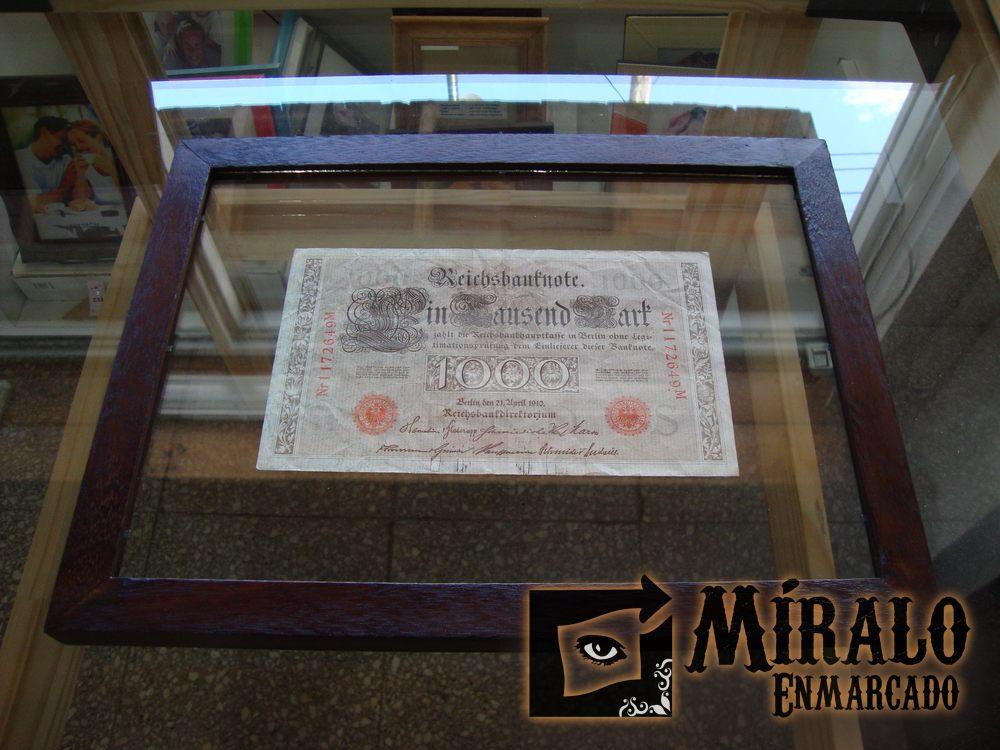 Enmarcado de billetes antiguos